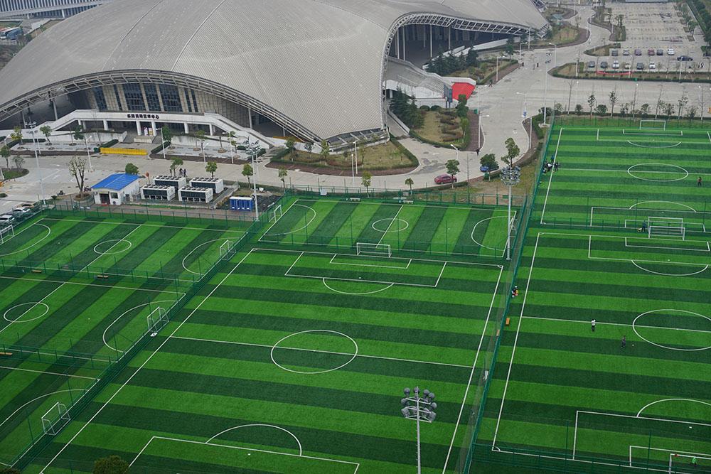 全國新建200萬個籠式足球場